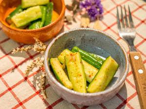 超簡單!日式涼拌小黃瓜做法