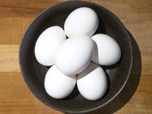 超简单完美半熟水煮蛋做法