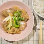 燉煮蘿蔔泥雞肉(鶏肉のみぞれ煮)