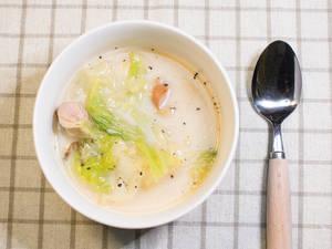 蔬菜燉牛奶湯
