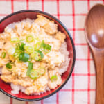 豆腐雞鬆丼飯