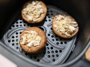 香菇酥烤麵包起司粉