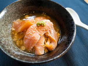 燕麥鮭魚茶泡飯