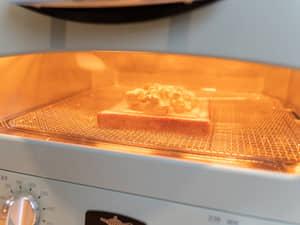 酪梨起司烤吐司|美味的快手早餐